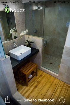 Baño de visita (pequeño y con ducha)