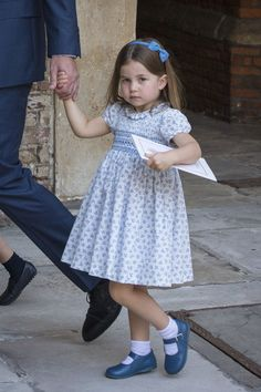 """The Royal Family Channel on Twitter: """"Princess Charlotte left the Chapel Royal holding Prince William's hand. #PrinceLouisChristening #princesscharlotte… """""""