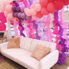 Ombré balloon garland by La Jolie Fête