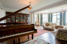 Check out this awesome listing on Airbnb: An Aristocrat's Spare Room, - Houses for Rent in Burwash