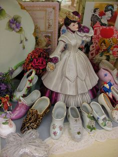 Little Vintage China Shoes by Hitty Evie, via Flickr