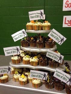 Cupcakes for 5th grade graduation