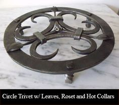 Circle Trivet w/ Leaves, Roset and Hot Collars
