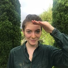 """308.4k Likes, 1,362 Comments - Lorde (@lordemusic) on Instagram: """"portrait by imo — covered in mud and loving being home. see you next week for tour """""""
