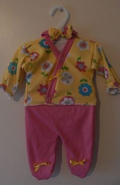 c221a3492d1b pretty premature baby clothing for tiny babies weighing 3-5lb so cute  Preemie Babies,