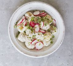 Ditch pre-made supermarket salad bags and get stuck into our fresh and light summer salad recipes, perfect for al fresco dining or a healthy lunch. Summer Potato Salad Recipe, Potato Salad With Egg, Summer Salad Recipes, Summer Salads, Picnic Recipes, Summer Food, Salad Recipes Video, Bbc Good Food Recipes, Cooking Recipes