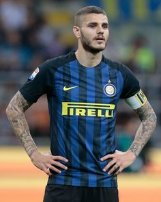 Mauro Emanuel Icardi of FC Internazionale Milano shows his dejection during the Serie A match between FC Internazionale and UC Sampdoria at Stadio Giuseppe Meazza on April 3, 2017 in Milan, Italy.