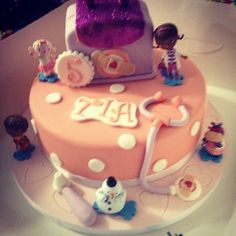 5 year old's doc mcstuffins cake