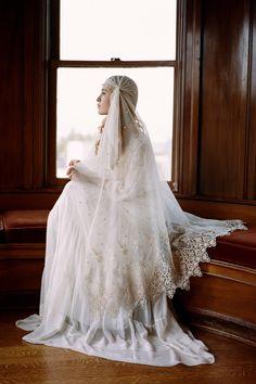 """Farewell, farewell! One kiss, and I'll descend."" | 32 Juliet Cap Wedding Veils That'll Make You Say, 'Whoa'"