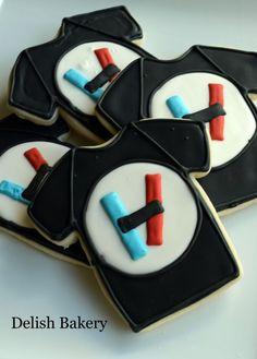 Twenty One Pilots Fan Art cookies.  Can't wait to see them live.