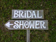 Shower arrow sign