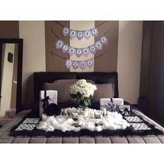 Dekorasi kamar ulang tahun sederhana dan valentine for Dekor kamar tidur hotel