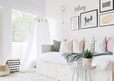 It's rare for a room to be calming and invigorating at the same time, but this bedroom is pulling off the feat