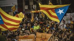 Es zeichnet sich eine Mehrheit für eine Abspaltung ab: Ein endgültiges Ergebnis beim Katalonien Referendum soll es gegen Mitternacht geben. Bisher fast 500 Verletzte bei der Abstimmung über die Unabhängigkeit. Madrid will die Wahl nicht anerkennen. Livestream. . Wegen der Störung durch die Polizei hatte die katalanische Regierung am Morgen kurzerhand die Regeln für das weiterlesen...