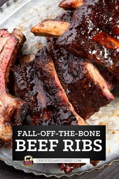 Sriracha or other hot chili sauce, bourbon and soy sauce give these beef back ribs a sweet and spicy flavor that's absolutely divine. Barbecue sauce adds to the depth of flavor. Barbecue Recipes Beef, Bbq Beef Ribs, Beef Back Ribs, Best Beef Recipes, Beef Brisket Recipes, Barbecue Sauce, Cooking Recipes, Rib Recipes, Easy Roast Beef Recipe