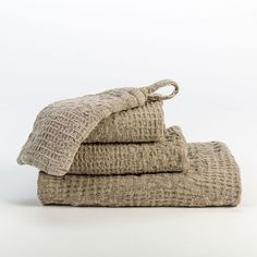 The Adras Linen Waffle Weave Bath Linens are woven from 100% stonewashed linen in a patchwork waffle weave.