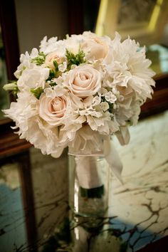bridal bouquet; photo: Luluphoto