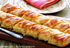 Sastojci 9 kom. kora za pite - oko 450 g. smesa za premazivanje kora 3 dcl. mleka 20 g. svešeg kvasca 1 kašikica šećera 1,5 d...