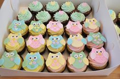 Owl baby shower cupcakes by Cupcake Passion (Kate Jewell), via Flickr