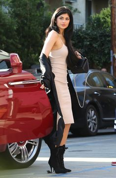 Kylie Jenner | Arriving at a Restaurant in West Hollywood (2016) #Pink #Candids