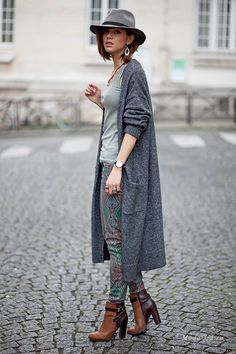 Zoé Alalouch - incarnation of French charm waysify
