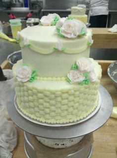 Old Fashioned Buttercream Cake