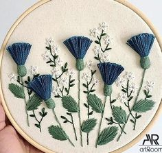 Wonderful Ribbon Embroidery Flowers by Hand Ideas. Enchanting Ribbon Embroidery Flowers by Hand Ideas. Hand Embroidery Flowers, Hand Embroidery Stitches, Silk Ribbon Embroidery, Embroidery Hoop Art, Hand Embroidery Designs, Embroidery Techniques, Cross Stitch Embroidery, Embroidered Flowers, Embroidery Ideas
