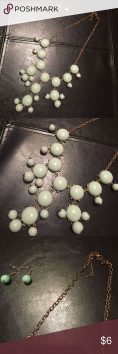 Mint bubble beaded necklace Mint bubble beaded necklace. Comes with matching earrings! Jewelry Necklaces