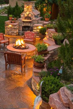 Cozy by the stone fire pit as you wait for fresh pizza from the pizza oven. Cozy by the stone fire p