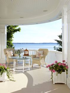 Porch overlooking the sea!