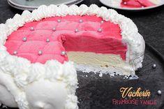 Vacherin vanille framboise #recette #vacherin #framboise #glace French Food, Muffins, Birthday Cake, Ice Cream, Sorbets, Fruit, Pains, Communion, Deserts