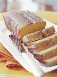 Ina Garten's Lemon Yogurt Cake (Kitchn Ina Garten Lemon Cake, Lemon Yogurt Cake, Yogurt Pound Cake Recipe, Yogurt Dessert, Lemon Cakes, Dessert Bread, Dessert Table, Sweet Bread, Let Them Eat Cake