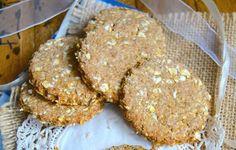 Очень простой вариант вкусного овсяного печенья пополнит вашу коллекцию рецептов. Уверенны, что такой способ его приготовления вам обязательно понравится.