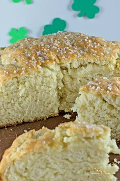 Irish Soda Bread is so quick and easy to make and pairs well with soup, chili and of course Irish stew. The aroma of fresh baked bread is only minutes away.| homemadeandyummy.com (Baking Bread Appetizer)