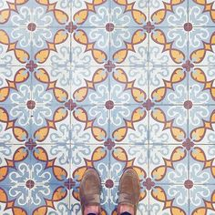 Instagram media by brightbazaar - Always remember to look down! These gorgeous floor tiles I saw in a Manhattan bakery made me look. #MakeYouSmileStyle