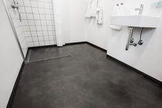 54 Premium Modern White Bathroom with White Cabinets Ideas - HomeCNB Entryway Furniture, Modular Furniture, Bathroom Furniture, Bathroom Interior, Online Furniture, Interior Design Living Room, Furniture Ideas, Modern White Bathroom, Small Bathroom