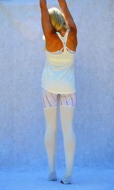 Saja Leggings #sustainable #veganfashion #vegan #organic #bamboo #sustainablilityinstyle #smartgirlsgogreen #ecofriendlyfashion #outfitoftheday #ootd #fashiondiaries #fashionblogger #fashiongram #fashionlover # #springfashion #shoponline #shopping #fashionaddict #shopifypicks #shopify #ecofashion #yoga #yogawear #leggings #athleisurewear #athleisure #activewear #sportslux #sportfashion #fitfashion