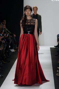 Carmen Marc Valvo RTW Fall 2015 - Slideshow - Runway, Fashion Week, Fashion Shows, Reviews and Fashion Images - WWD.com