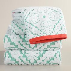 This Aqua and Coral Barcelona Tile Sculpted Towel Collection features a sculpted tile design that pops on an aqua background. Woven in Turkey of absorbent cotton, their solid coral border adds a co… Coral Bathroom Decor, Bathroom Accents, Bathroom Accessories, Bathroom Towels, Bath Towels, Bath Linens, Coral Kitchen, Teal Coral, Turquoise