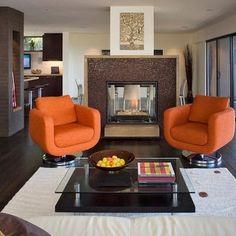 Sala estar moderna con chimenea