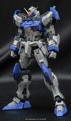 MG Duel Gundam Assault Shroud - Customized Build Modeled by ghost Gundam Wing, Gundam Art, Futuristic Robot, Mecha Suit, Strike Gundam, Gundam Wallpapers, Gundam Custom Build, Gundam Seed, Gunpla Custom