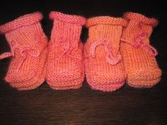 How To Build a Baby Bootie from majorknitter.typepad.com. How to knit a baby bootie. We were given a pair of booties like this for our second and they were my favorite booties. I need to knit some of these for friends' babies!