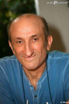 Jean-François Derec humoriste...http://www.purepeople.com/article/jean-francois-derec-son-nouveau-roman-hilarant-qui-n-a-rien-de-flou_a18135/1