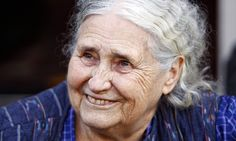 Nobel prize-winning novelist Doris Lessing donated 3,000 books to Harare City Library, Zimbabwe. She was a fierce advocate for #literacy and #reading. #AfricanWriters