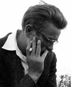 Jimmy Dean, Old Hollywood Actors, Vintage Hollywood, Hollywood Glamour, James Dean Photos, Rebel Without A Cause, East Of Eden, Little Bit, The Little Prince