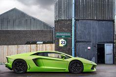 Verde Ithaca Aventador.