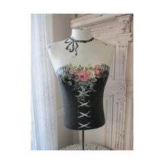 Crafts are fun experiences all of us can enjoy, providing we know how to sample our squares. Mannequin Art, Vintage Mannequin, Dress Form Mannequin, Simply Shabby Chic, Shabby Chic Style, Couture Vintage, Shabby Chic Painting, Vintage Inspired Dresses, Vintage Girls