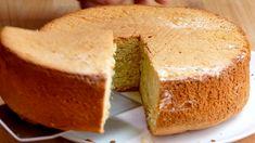 Bizcocho esponjoso con 3 ingredientes - Recetas de postres (y panes)