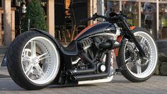 """Thunderbike R-Odynamic - Parts: http://www.harleydavidsononlineshop.de/en/home/  - The """"Aero""""dynamic is based on a Thunderbike Dragster RS Frame and is powered by a Harley-Davidson Screamin Eagle Engine with 110ci."""