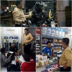 PASURUAN - Patroli malam hari dilakukan dua anggota Polsek Kraton keliling wilayah Kraton untuk memastikan kondisi dalam keadaan aman dan ti...